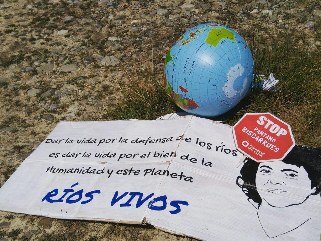 Berta Cáceres, líder indígena lenca, feminista y activista del medio ambiente, en defensa de los ríos
